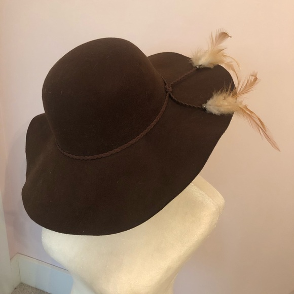 Accessories - Brand new hat